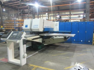 TRUMPF TRUMATIC 600L Punzones y Lser (Combo) - MachineTools.com