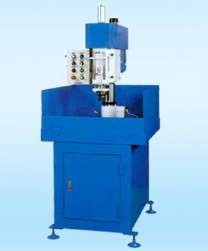 LIANG LIH T-140 攻絲鑽床 - MachineTools.com