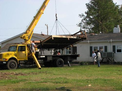 hurricanecleanup1_medium.jpg (500x375)px