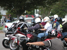 2011_MACU_Bike_Rally_098_small.jpg (225x169)px