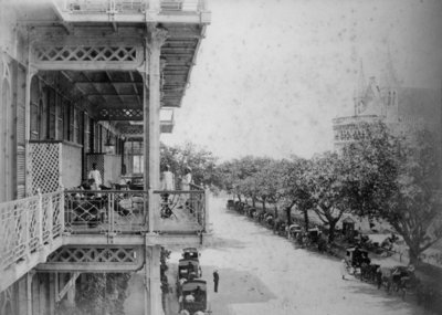 Fine Art Print of Bombay: Front of Watson's Hotel, 1870s by William Willoughby Hooper