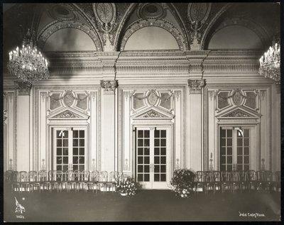 Fine Art Print of Ballroom at the Coplay Plaza hotel, Boston, 1912 or 1913 by Byron Company
