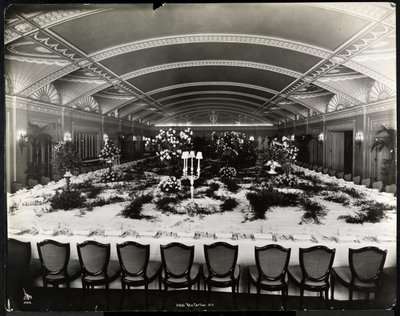 Fine Art Print of Table set for a banquet at the Ritz-Carlton Hotel, 1913 by Byron Company