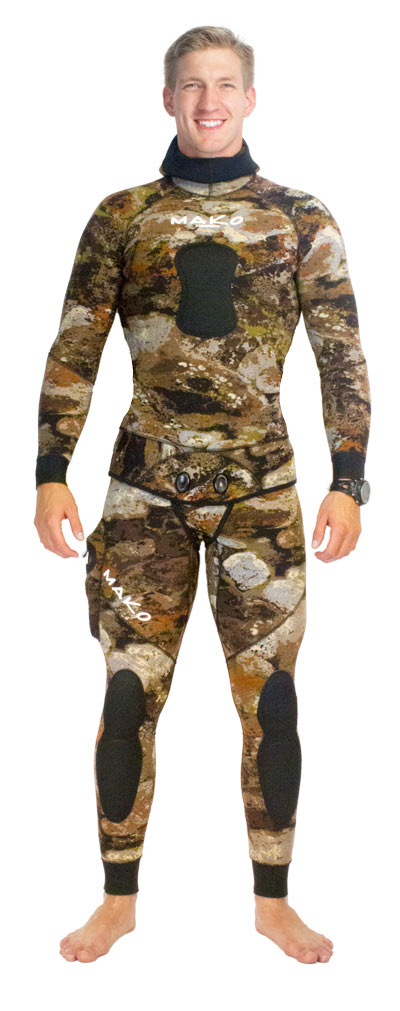 3D reef camo wetsuit - hood down