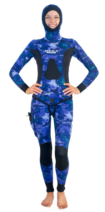 Designed specifically for women - With integrated hood