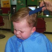 O primeiro corte de cabelo