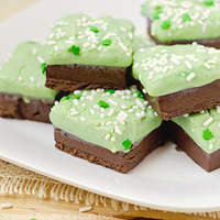 Mini Fudge de menta com chocolate
