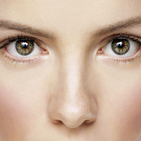 Os melhores tratamentos para a região dos olhos