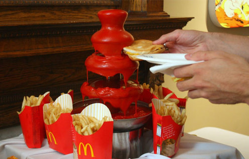 Ketchup-fountain