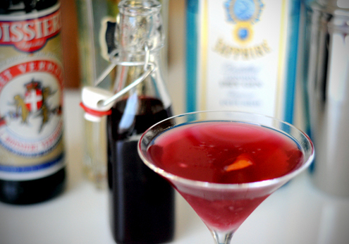 Diy-grenadine-martini_large