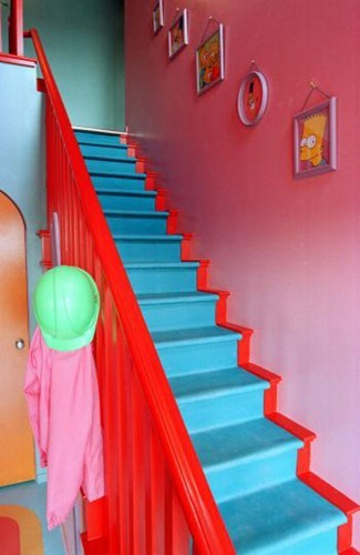 Colorful photos of the real life simpsons house man for 742 evergreen terrace real life