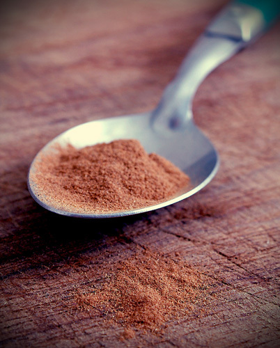 Cinnamon-on-a-spoon_large