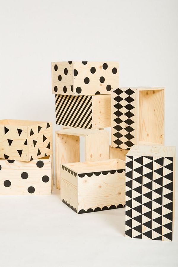 Diy idea make simple patterned wooden crates for storage for Painted crate ideas