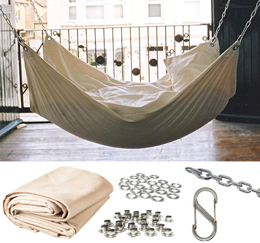 Roundup 9 diy hammock projects to help you enjoy your for Diy canvas hammock