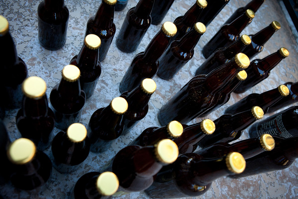 Bottling the first homebrewed beer - The Dirty Red