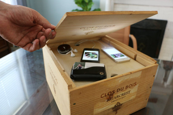 Organize This How To Make A Wood Crate Charging Station