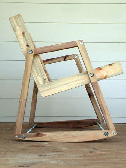 Or How To Make A Rocking Chair From Shipping Pallets And Cardboard