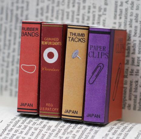 Mini-book-cover-matchbox-00