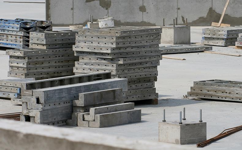 Fôrmas de concreto otimizam construções em série