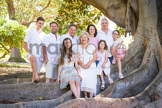 Danielle and Family - Family Portrait Photography Session