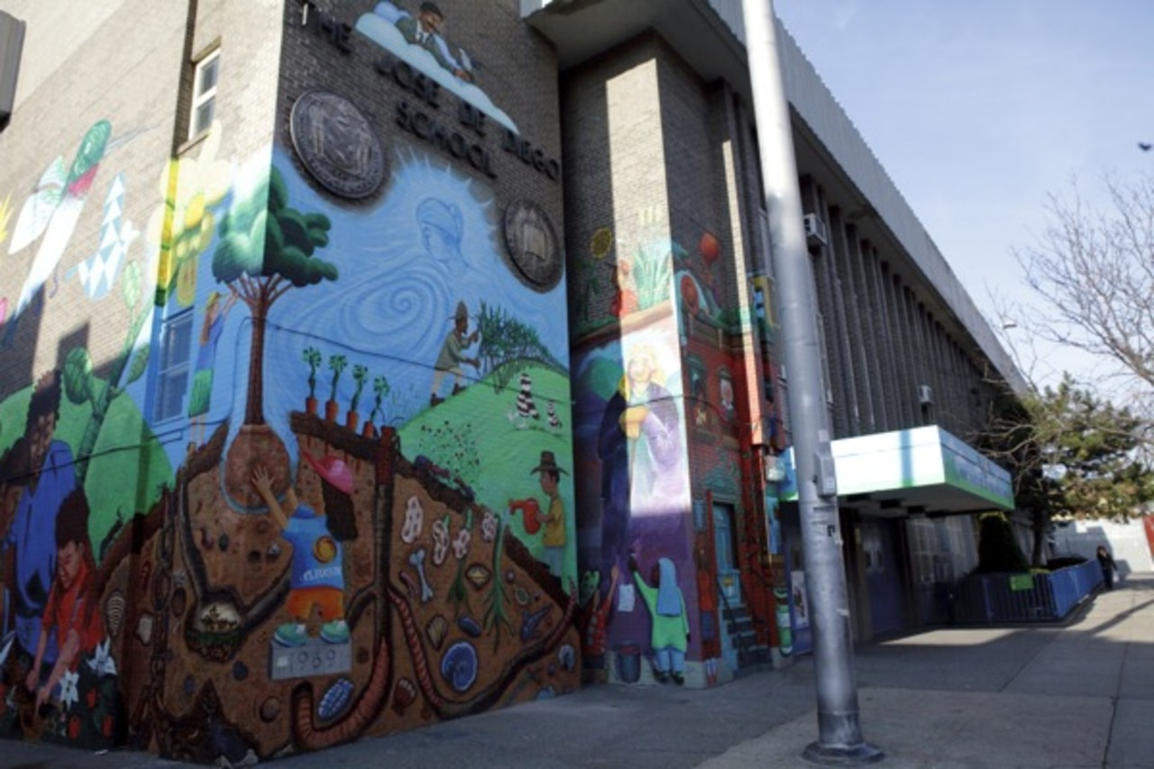 """Jose de Diego Magnet School for the Visual Arts' mural, titled """"Nurture Nature"""" (Photo by Marisa Wong)"""