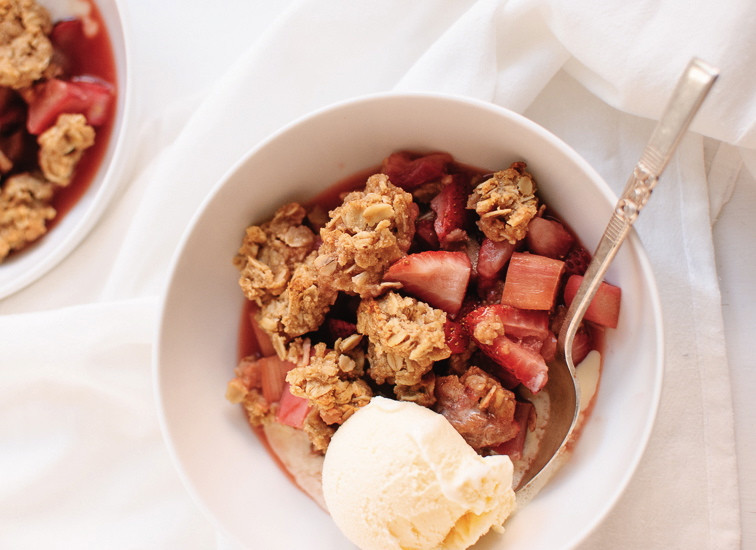 Strawberry-rhubarb-crisp