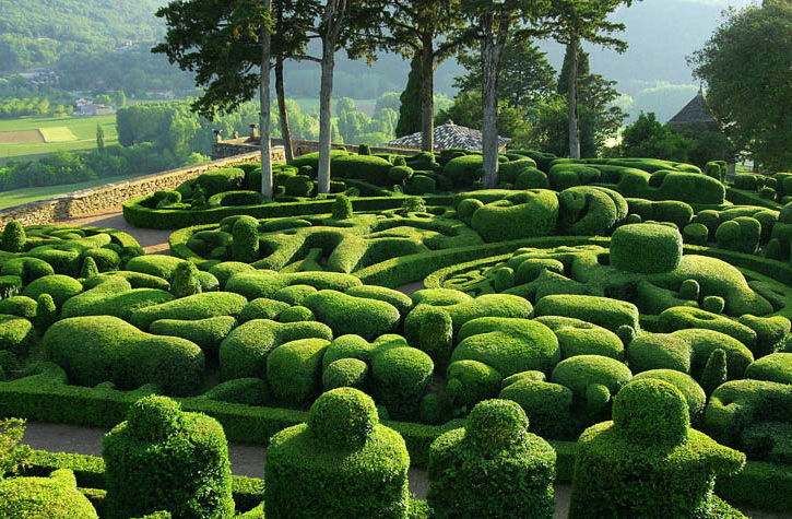 Gardens-of-marqueyssac-perigord-france-1