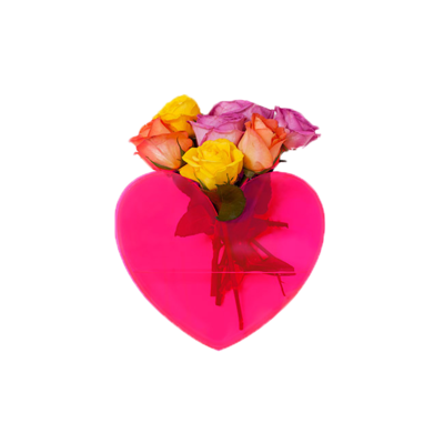 Lovestar-acrylic-heart-vase