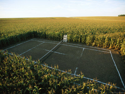 Joel-sartore-a-tennis-court-carved-from-a-cornfield