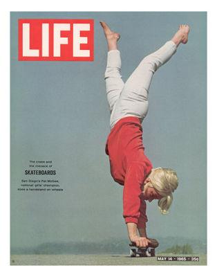 Bill-eppridge-girl-doing-handstand-on-skateboard-may-14-1965