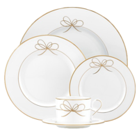 Bow-dinnerware
