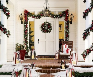 10-christmas-decorating-ideas-for-your-front-porch-m