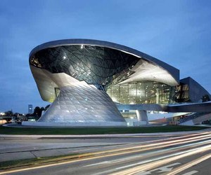 10-inspirational-and-architectural-lessons-from-zaha-hadid-m