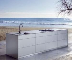 100 Percent Aluminum Kitchen by Auro