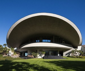 1970's Palm Springs Home by John Lautner