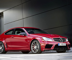 2012-mercedes-benz-c63-amg-black-series-m
