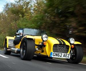 2013-caterham-supersport-r-m