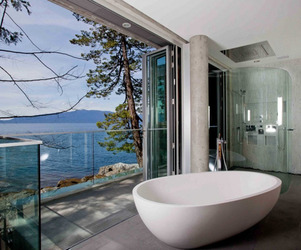 25-transparent-bathrooms-m