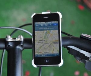 3d-printed-bike-mount-for-iphone-m