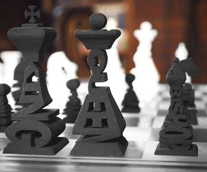 3d-printed-typographical-chess-set-m