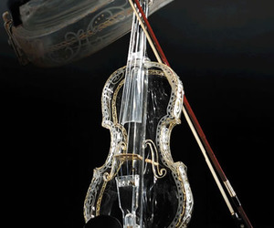 4-instruments-made-of-glass-2-m
