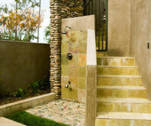 6-irresistible-outdoor-showers-m