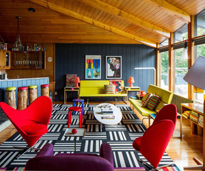 A-colorful-mid-century-modern-weekend-getaway-m