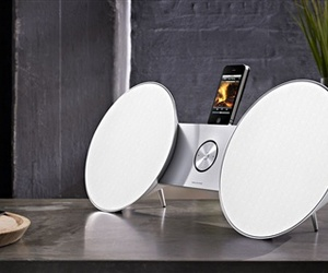 A-docking-station-that-delivers-style-and-sound-m