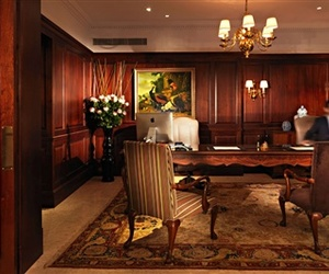 A-historic-london-hotel-reopens-m