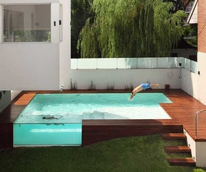 A-modern-home-with-an-incredible-pool-casa-devoto-m