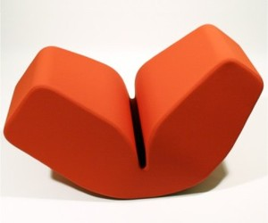 Acid-lips-seating-from-neo-studios-m