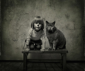 Adorable-photos-of-a-girl-and-her-cat-m