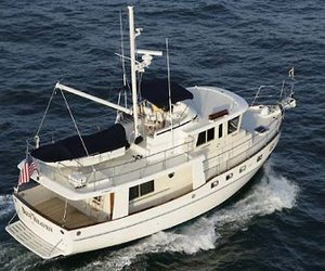 Advanced-trawler-yachts-m