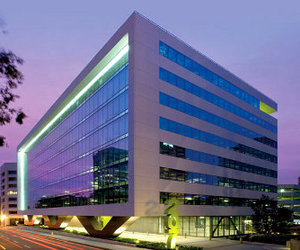 Aecom-office-building-in-california-m